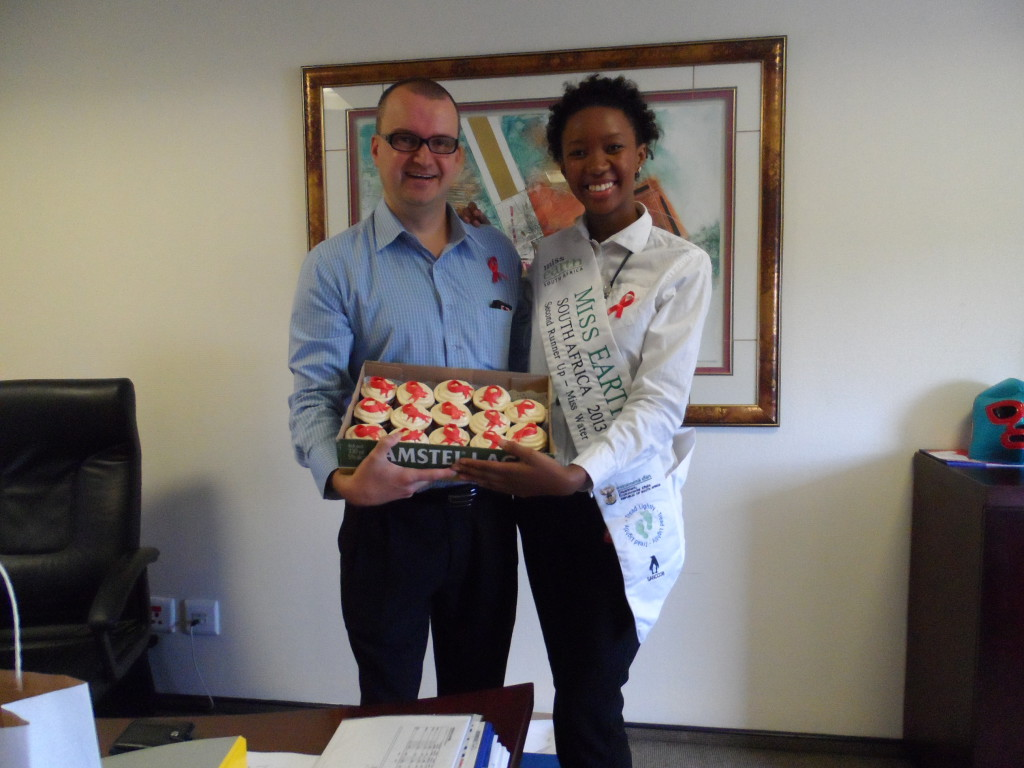 Finance director Robin Botha with Thobile