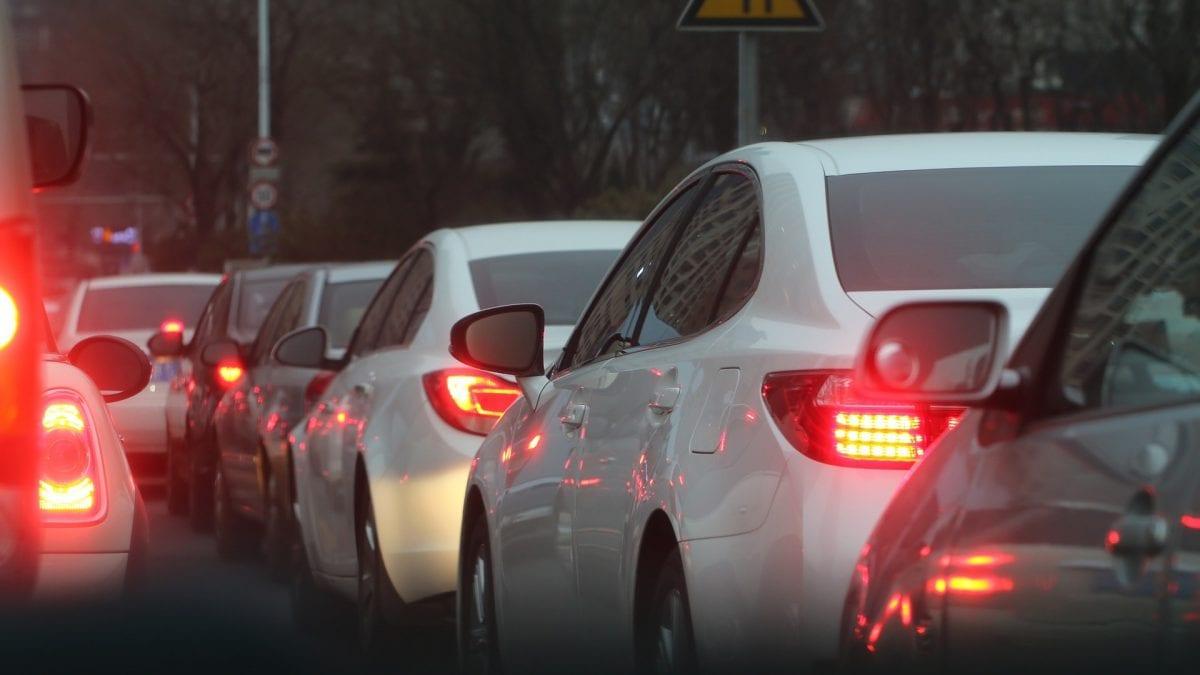 traffic jam 688566 1920
