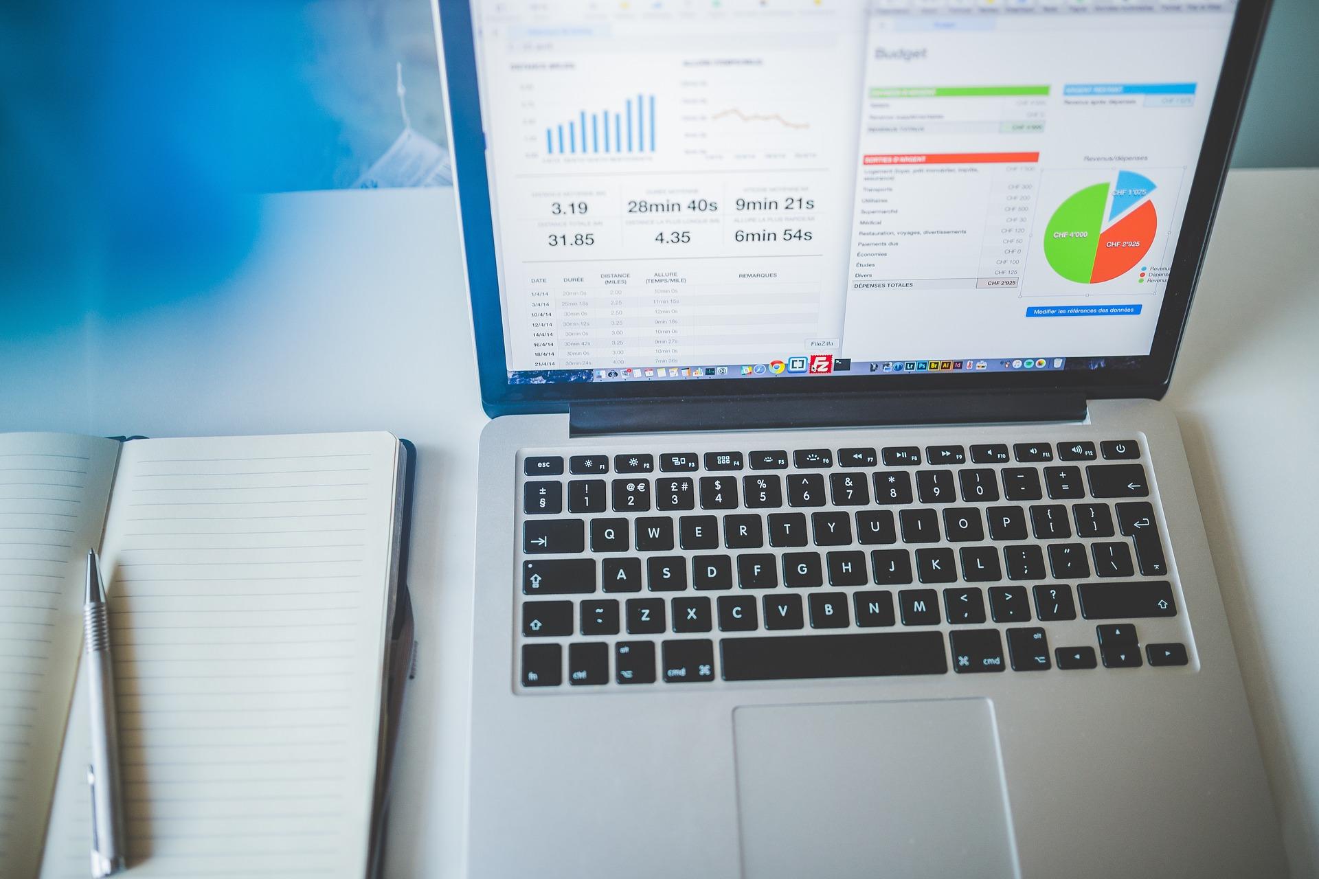 laptop screen showing voip analytics